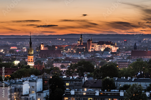 Papiers peints Cracovie Krakow panorama from Krakus Mound, Poland landscape in the evening.