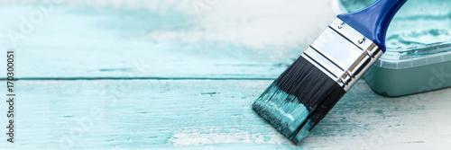 Panorama, szczotka na drewno, shabby chic kolory w kolorze białym i niebieskim, kopia przestrzeń