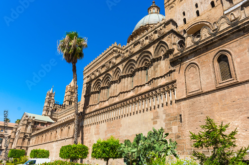 Papiers peints Palerme Palermo cathedral, is a place of Catholic worship.