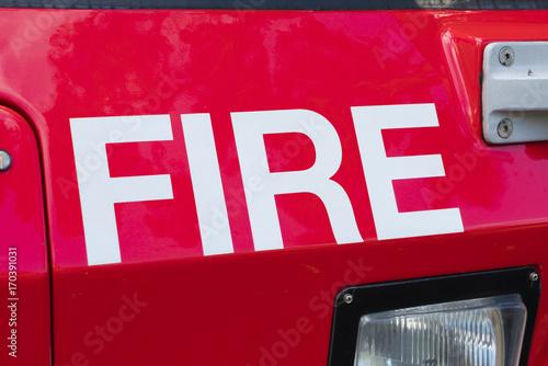 Zakończenie widok słowo ogień na jednostce straży pożarnej