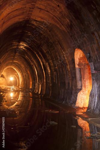 korytarze podziemne bunkry