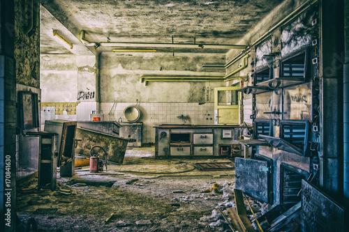 Fotobehang Oude verlaten gebouwen Lost Place - Verlassenes Kindersanatorium