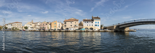 Papiers peints Photos panoramiques scenic old village of Martigues at the french riviera