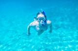 Schnorcheln im Meer - 170939263