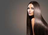 Beautiful long hair. Beauty woman with straight black hair on dark background - 170946883