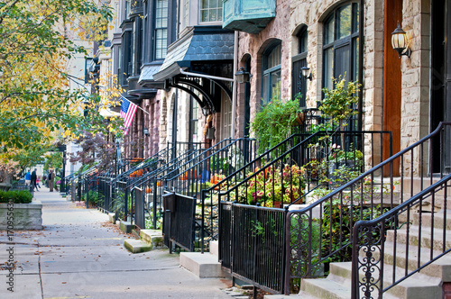 Fotobehang Chicago City Life. Row houses in one of Chicago's many upscale neighborhoods.
