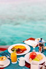Breakfast at ocean edge