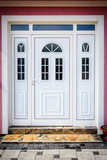 Front door - 170959443