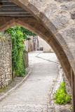 Martel. Porche d'entrée du village. Lot. Occitanie