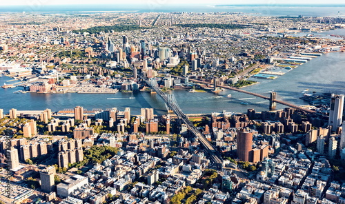 Fridge magnet Aerial view of the Lower East Side of Manhattan the Brooklyn and Manhattan bridges