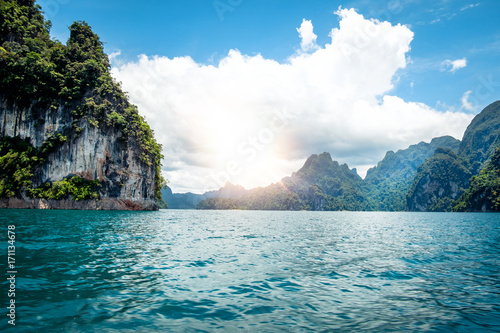 Fotobehang Tropical strand Ratchaprapa Dam and Cheow Larn Lake, Khao Sok national parks is one of the most beautiful locations in Thailand