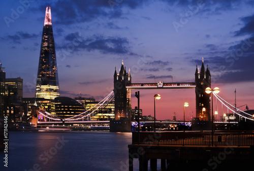 Foto op Plexiglas London towerbridge city hall the shard