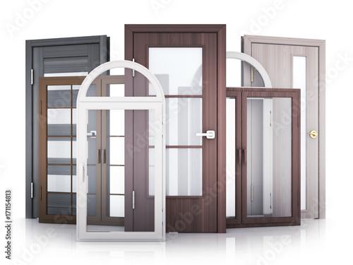 Windows i drzwi na białym tle