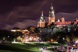 Zamek Królewski na Wawelu w nocy