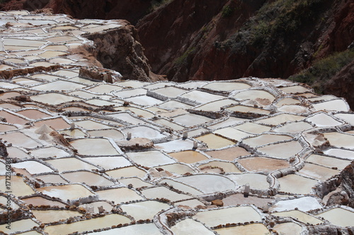 Fotobehang Stenen Salinas de Maras, Perú
