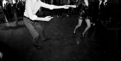 Ballare in coppia alla festa