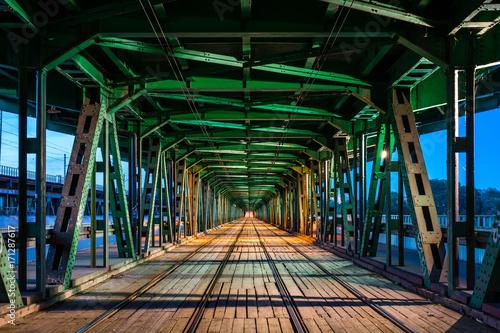 Fototapety, obrazy : Trails on Gdanski bridge in Warsaw, Poland