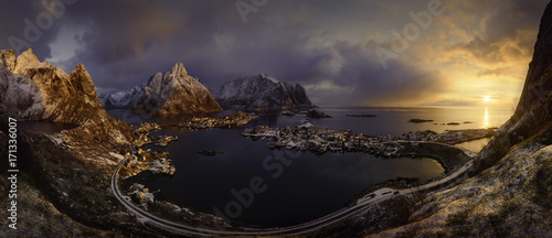 Foto op Plexiglas Ochtendgloren Lofoten sunrise