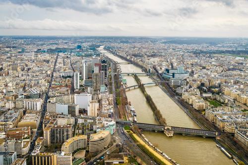 Fotobehang Nieuw Zeeland View over paris. From Eiffel Tower