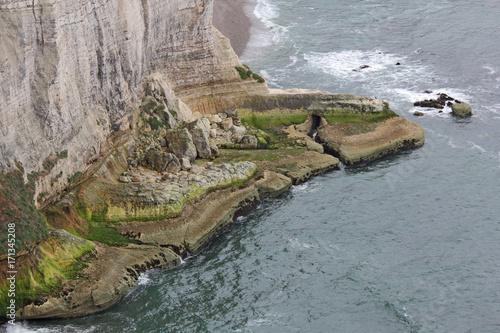 Fotobehang Donkergrijs la côte à marée basse