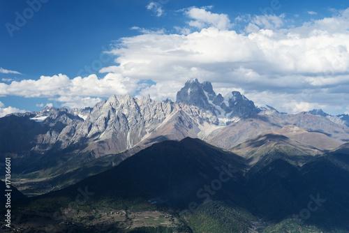 Aluminium Zomer Mountainous landscape of Svaneti with peak Ushba in the clouds