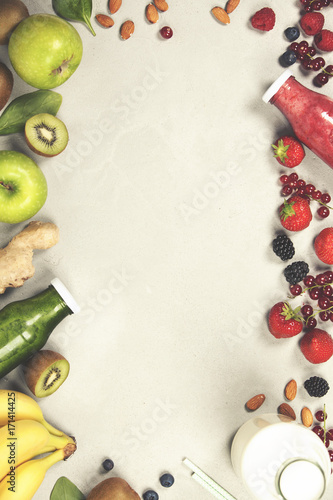 Fotobehang Sap Green and red fresh juices or smoothies