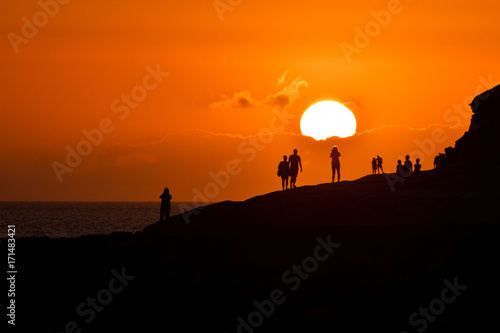 In de dag Oranje eclat Solar sunset silhouettes