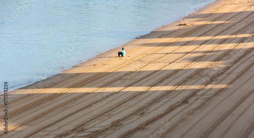 Foto op Plexiglas Beige plage le matin