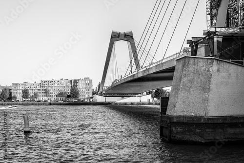 Fotobehang Rotterdam Bridge Willemsbrug in Rotterdam, Netherlands