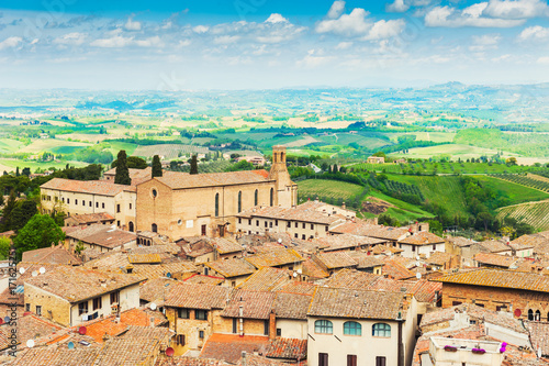 Papiers peints Toscane Panoramic view of medieval town San Gimignano, Italy.