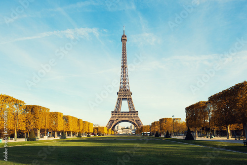 Fridge magnet View on Paris and Eiffel tower with Blue sky with clouds in autumn at Paris, France..
