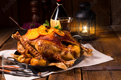 Goose with red cabbage - 171742003