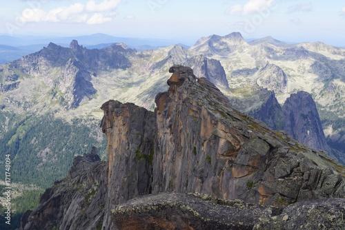 Foto op Plexiglas Blauwe hemel mountains