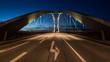 Fahrspuren der Osthafenbrücke in Frankfurt