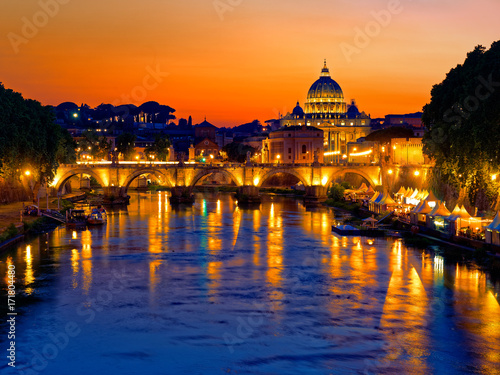 Foto op Aluminium Rome Rome twilight view of St. Peter dome, Tiber river and St. Angel bridge