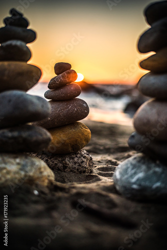 Fotobehang Zen Stenen rock stack sunset