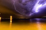 Fulmine sul lago di garda