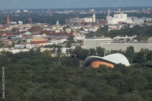 Blick über den Berliner Tiergarten nach Moabit Poster