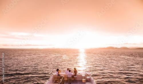 Aluminium Thailand Tourist enjoy sunset cruise