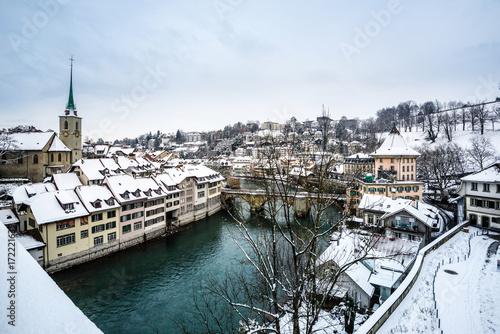 Poster Bern und Aare im Winter Nydegg Kirche und Brücke, Schweiz, Europa