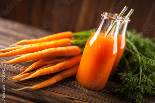 Fotobehang Sap Fresh organic carrot juice