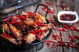 Bufalo style chicken wings - 172478005