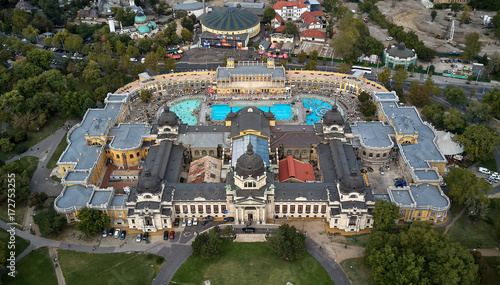 Fotobehang Boedapest Szechenyi Baths in Budapest. aerial view of The biggest bath complex in Europe. Budapest, Hungary. 15.09.2017