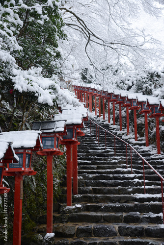 In de dag Kyoto Kifune shrine winter