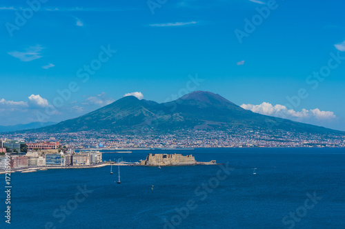 Staande foto Napels Naples (Campania, Italy) - The historic center of the biggest city of south Italy. Here in particular: the Vesuvio mountain