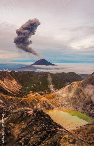 Aluminium Diepbruine Gunung Sinabung Volcano eruptions