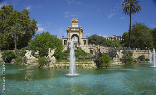 Spoed canvasdoek 2cm dik Barcelona Fountain in Park in Barcelona