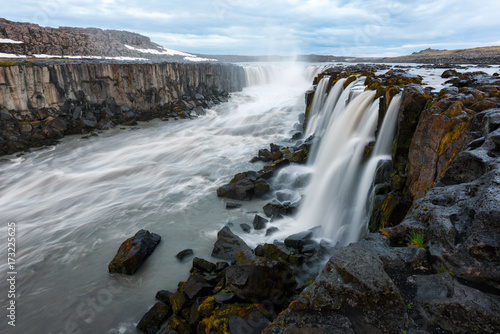 Deurstickers Grijze traf. Famous Selfoss waterfall