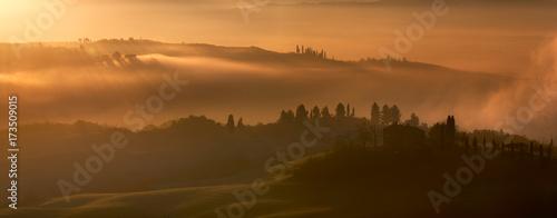 Keuken foto achterwand Toscane Misty morning, Tuscany