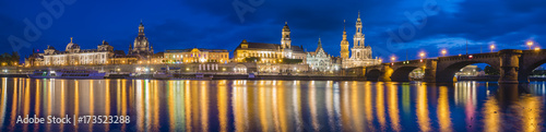 Poster Moskou Panoramic image of Dresden, Germany